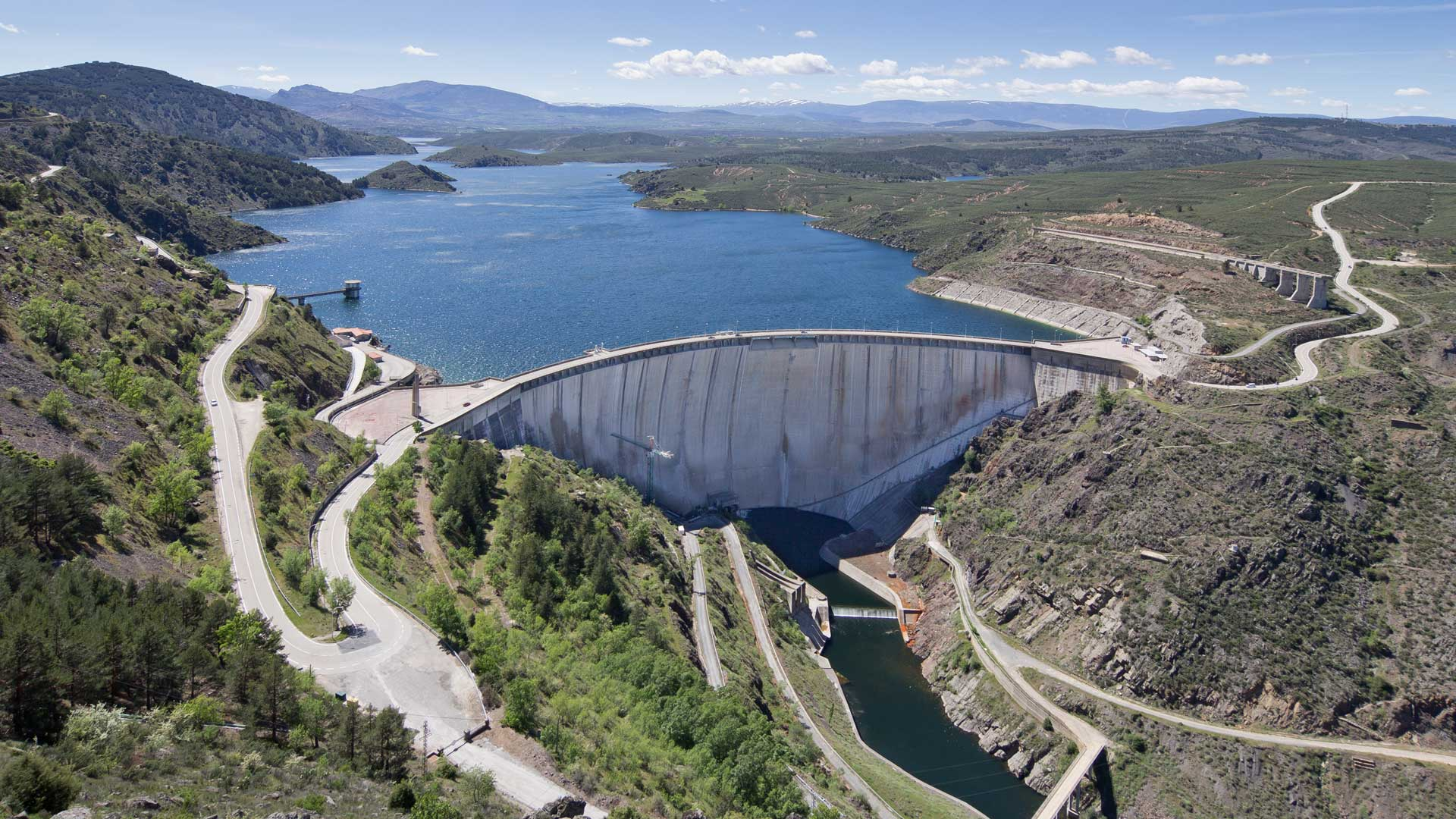 El Atazar Dam, Community of Madrid, Spain.